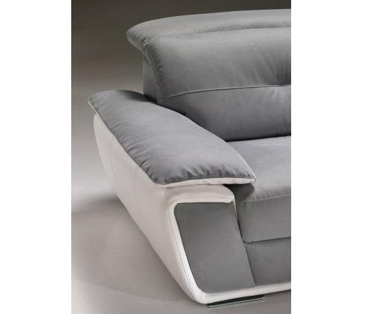 Manchette d'un canapé bicolore gris et blanc