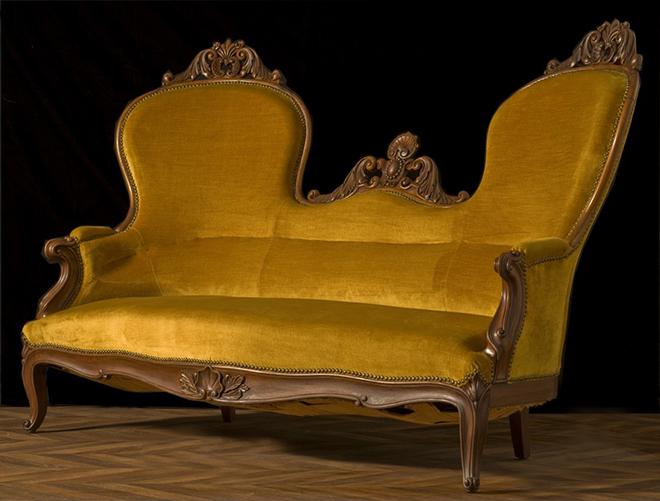 Causeuse fin 19eme siècle - Crédit arteslonga.com