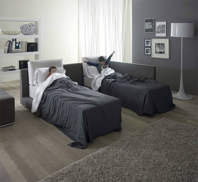 Le canapé accueillera deux enfants dans deux vrais couchages 90cm - © AERRE Divani