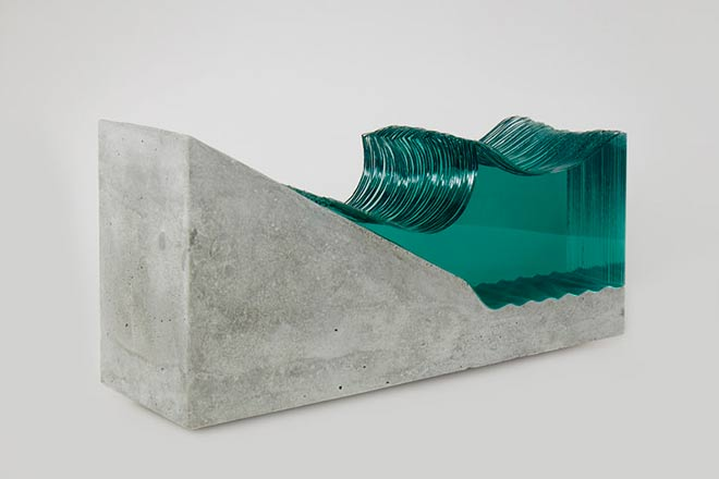 """Wave"" (Vague) - © Ben Young"
