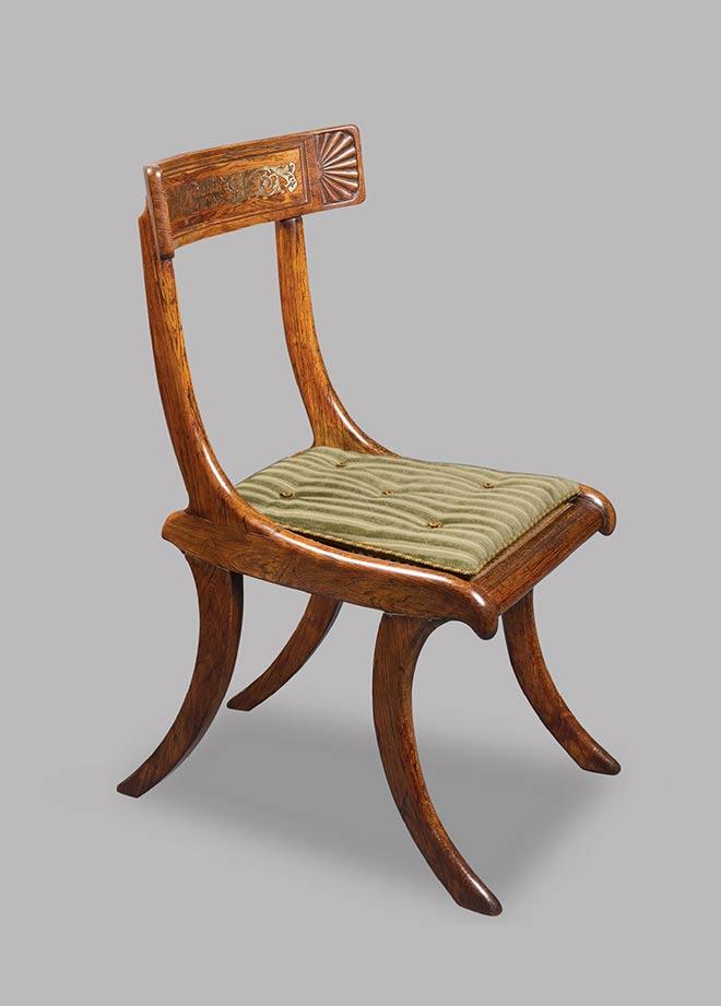 Klismos anglais fabriqué en 1810