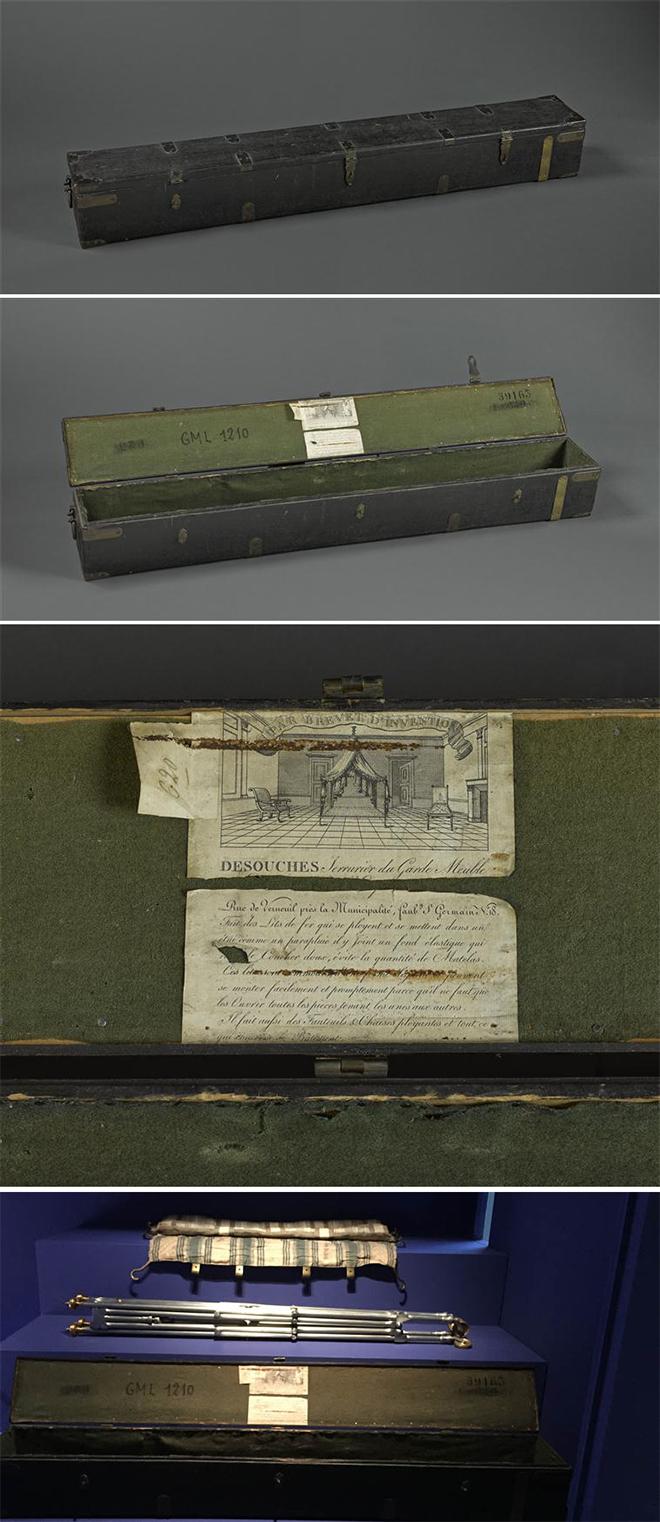 Lit plié, toile et boîte de transport à la galerie des Gobelins - Crédit fondationnapoleon.org