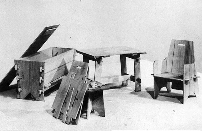 Meubles d'urgence par Jacques Dumond en 1946 - Source : P. Favardin, Les décorateurs des années 50, éd. Norma