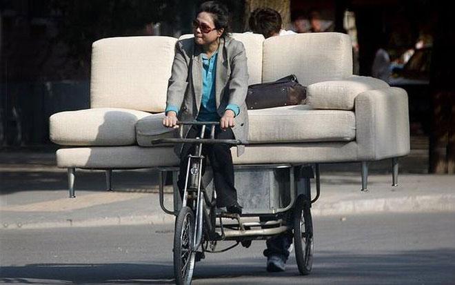 82--livraison-canapé-à-byciclette