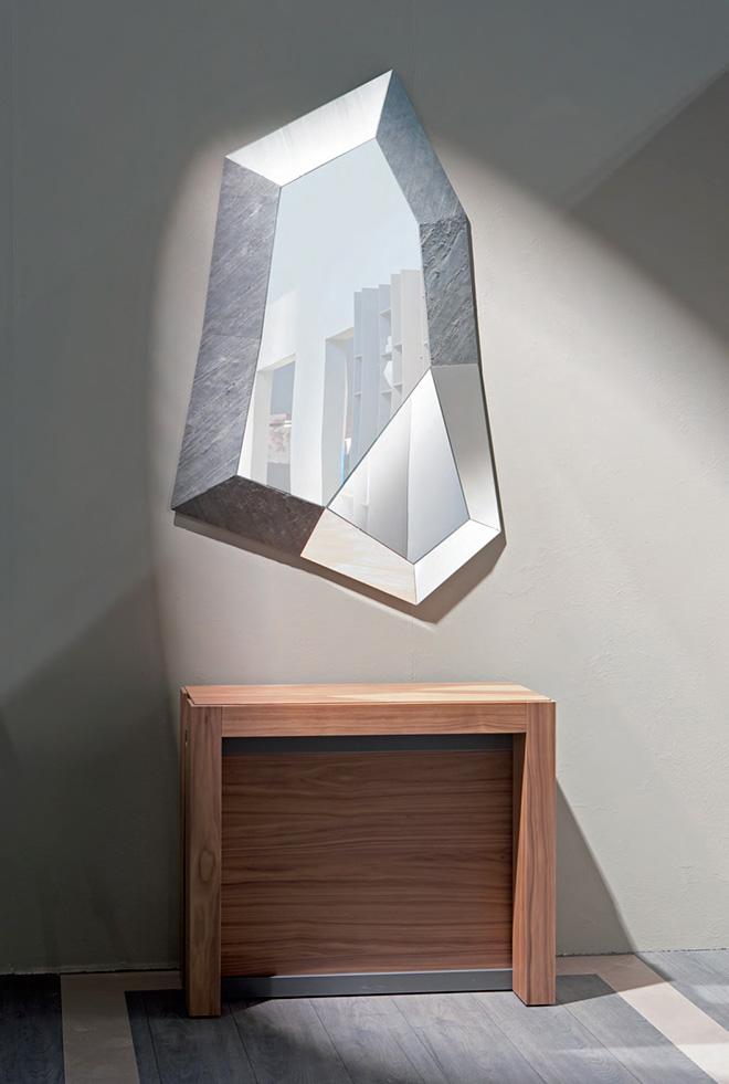 Le miroir TRIXY décliné en version pierre naturelle - © OZZIO