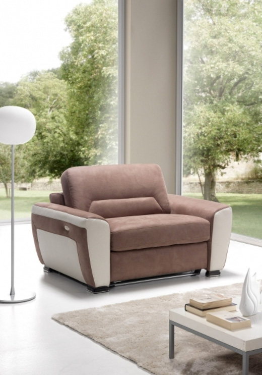 Le fauteuil relax convertible Rosy - © SATIS
