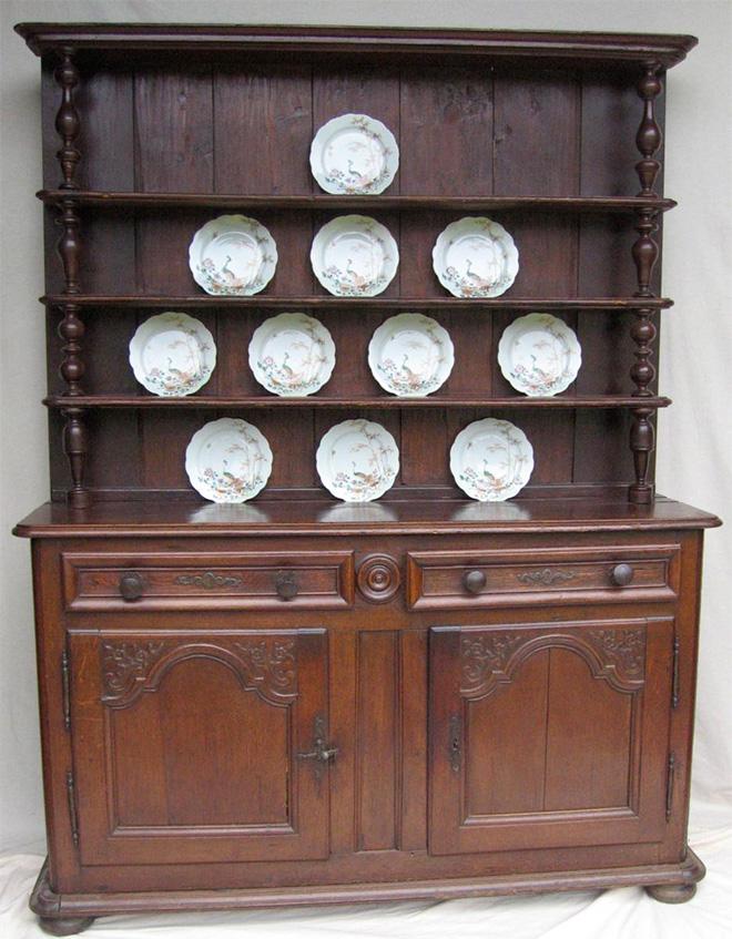 Crédence d'un vaisselier du 18eme siècle - Est de la France - Crédit Proantic.com
